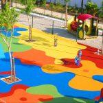 Покрытие для детской площадки: как выбрать?